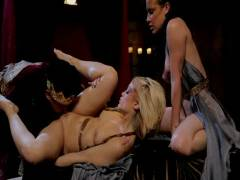 Snow White XXX: A Porn Parody